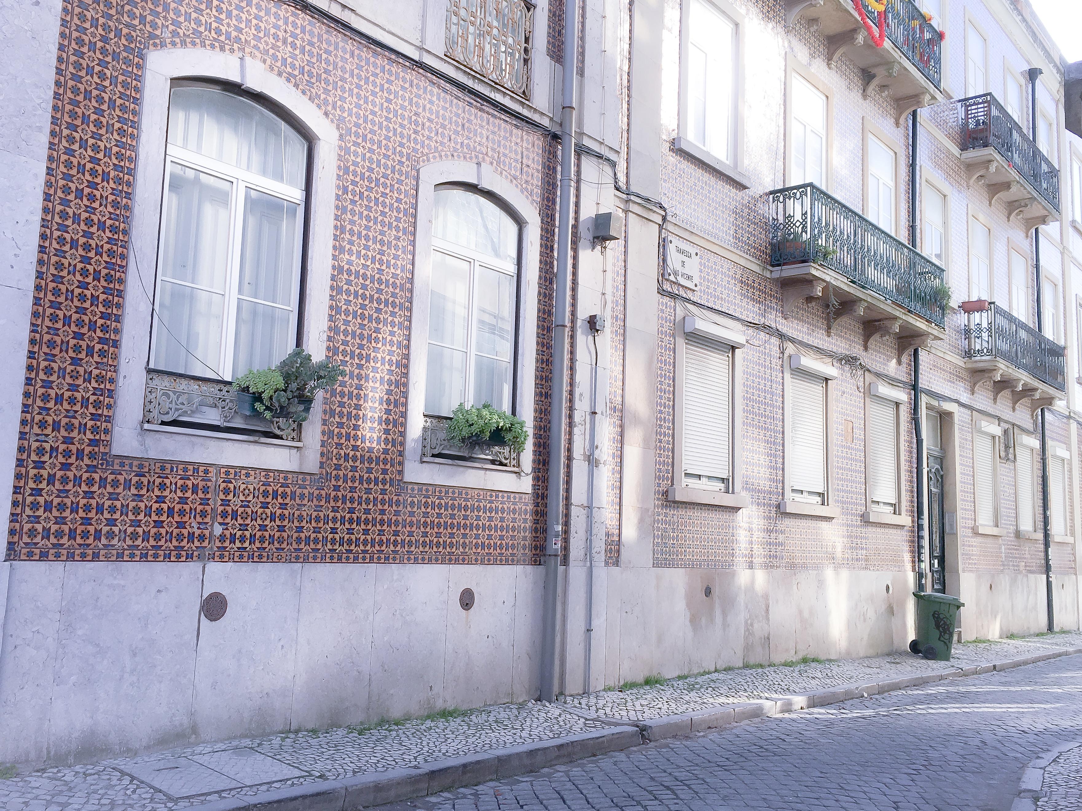 latelier-delisa-immeuble-voyage-lisbonne-carreaux-azulejos